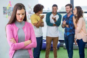 Testbeszéd - Hogyan erősítheted az önbizalmadat testbeszéddel?