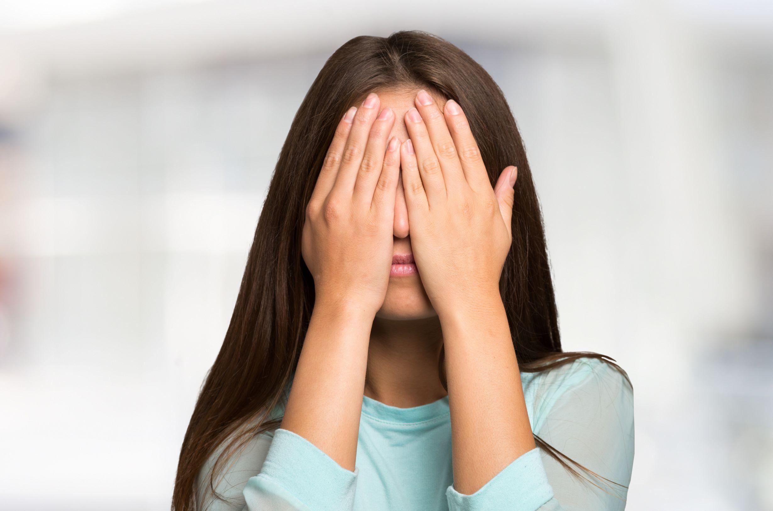 Hogyan-tudod-megkulonboztetni-az-introvertalt-embert-a-szocialis-fobiaban-szenvedotol