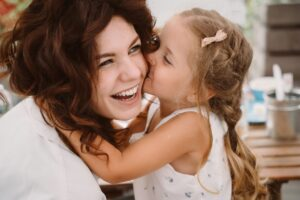 Hogyan-nevelj-extrovertált-gyereket